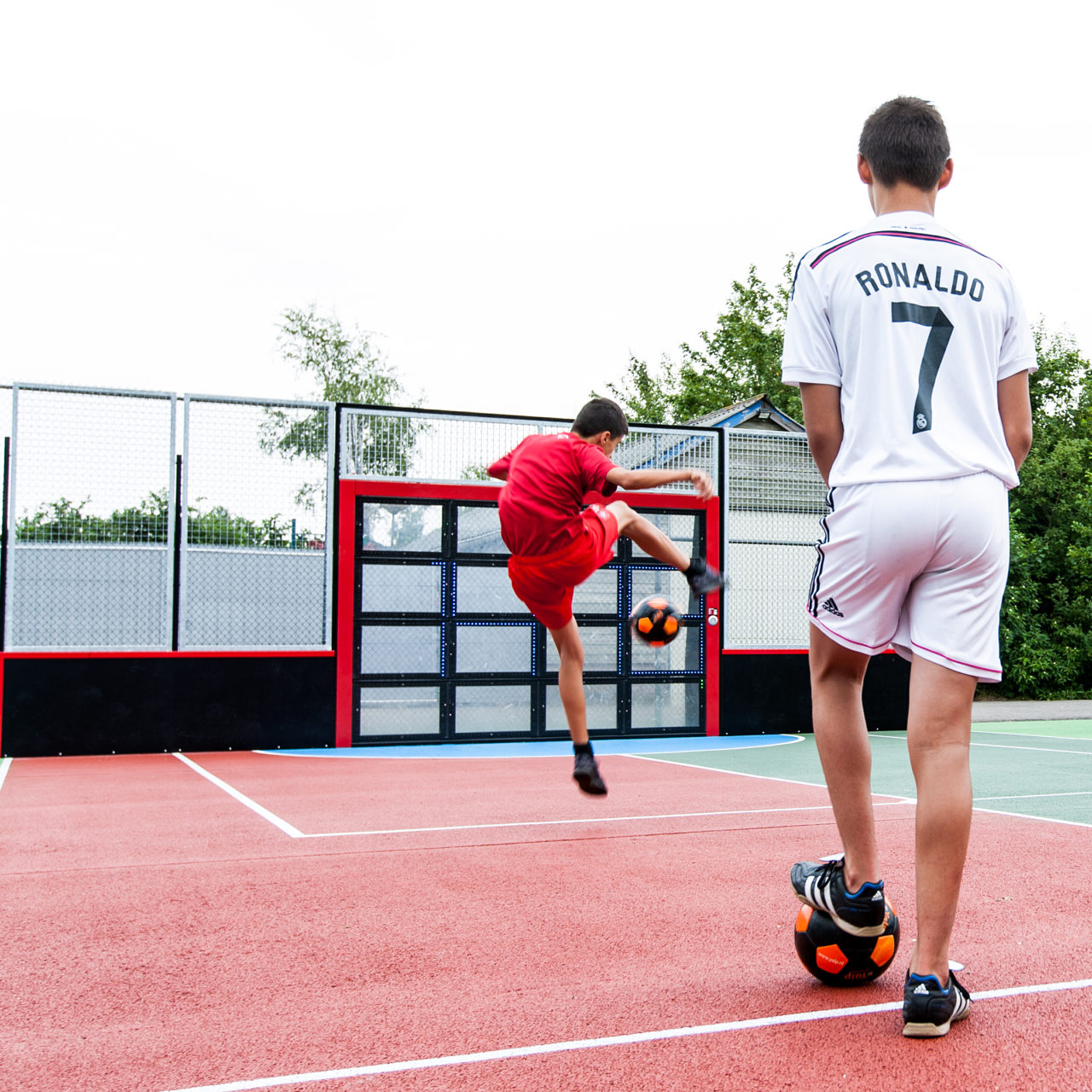 Yalp Sutu - Fußballwand - Auf dem Campingplatz